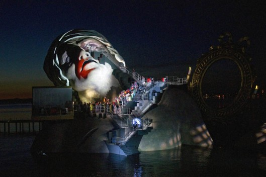 outdoor-stage-opera-on-the-lake-bregenz-austria-andre-chenier-3 marat